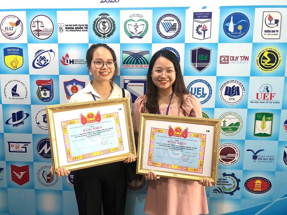 Sinh viên ĐHKT chinh phục giải Ba cuộc thi Euréka danh giá